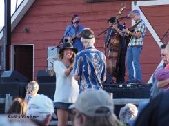 Matt Flinner Trio, putting some shake in the steps of two festival go'ers